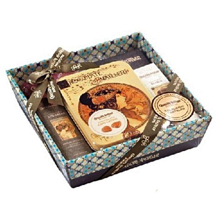 Amatller Spanyol Prémium Csokoládékból Készült Ajándékkosár Kék 266g